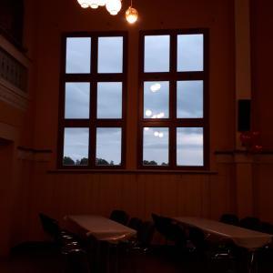 schöne große Fenster mit Blick in die Rhön...