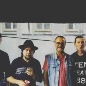Hier ein Schnappschuß vom Kunstfest Weimar 2002...Paule, Rolli, Milan & Micha