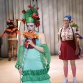 """""""Die Schneekönigin"""" Tischlerei, Deutsche Oper Berlin 2019 Fotograf: Thomas Aurin"""