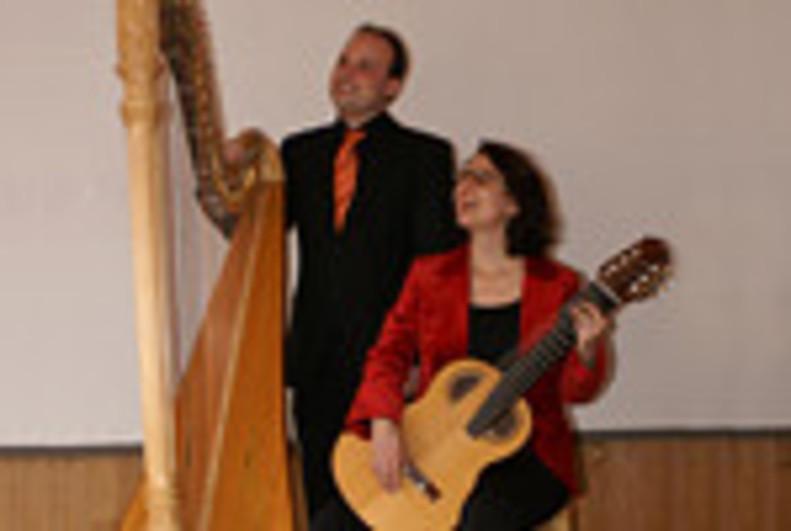 Regula Hauri, Gitarre/Mezzosopran und Simon Bilger, Harfe
