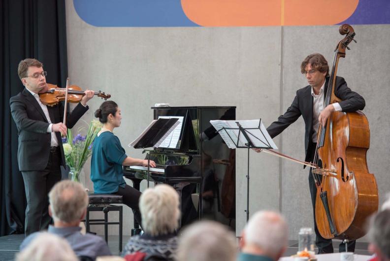 NNO piano trio Sergei Bolotny violin Sven Otte double bass Keiko Sakuma piano foto Cultuurele Centrum Zuidhorn