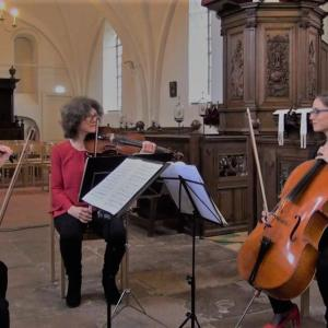 String Trio Sergei Bolotny violin Ulrike Adam alt Noelle Weidmann cello