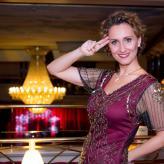 Katja Bördner singt UFA-Schlager