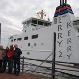 Endlich - die Privatfähre zur Übersetzung auf die friesische Insel Norderney legt an! So langsam wird es auch kalt...