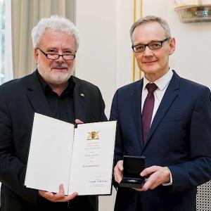 Verleihung der Staufermedaille durch Staatsminister Klaus-Peter Murawski (Januar 2018)