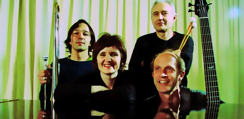 Nick Gutersohn, Posaune, M.K., Marco Käppeli, Drums, Jan Schlegel, E-Bass