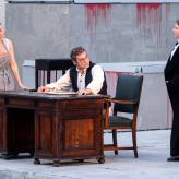 "Premiere ""Fidelio"" - Daniela Ruth Stoll (Marzelline), Bartosz Szulc (Rocco), Larissa Angelini (Leonore) © Uwe Hauth"
