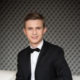 Dmytro Choni Photo 1