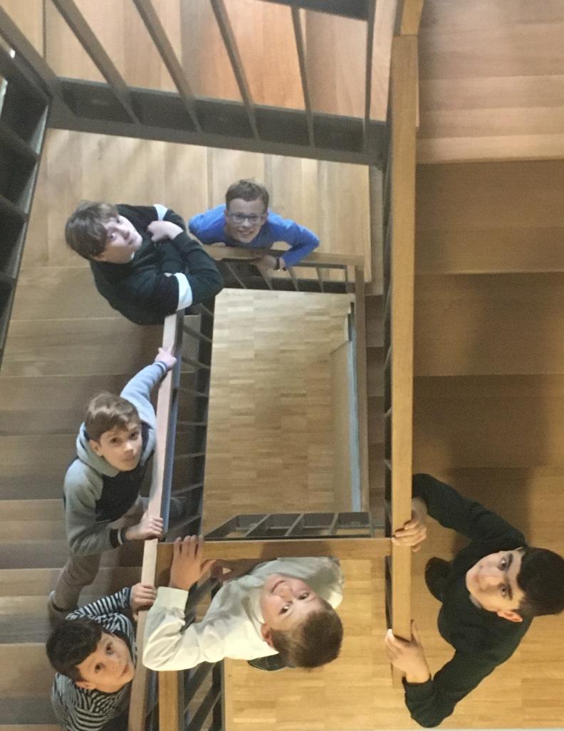 Die neue Treppe im Chorhaus. Foto: Cordula Timm-Hartmann