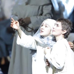 """As Suor Genovieffa in G. Puccini´s """"Suor Angelica"""" (Suor Angelica - E. Jaho, Bayerische Staatsoper, München). Photo by W. Hösl."""