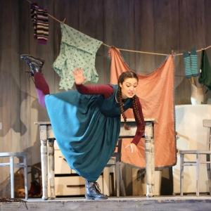 В роли Гретель в опере Э. Хумпердинка «Гензель и Гретель» (Государственный театр Гессена, Висбаден). Фото: De-Da Productions.