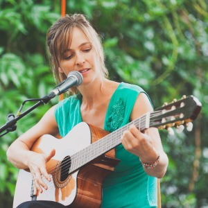 Isabel Jasse_Singer/Songwriter11